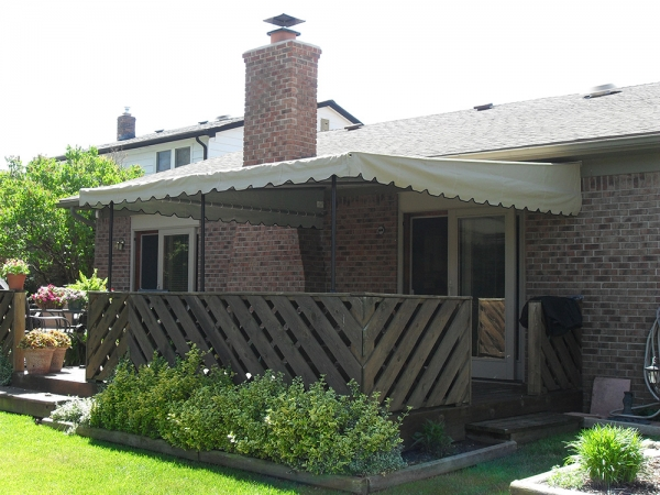 Custom Awnings Warren MI - Installation & Service - ROBA