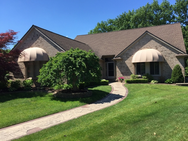 Awning Recovers Rochester Hills MI - Installation & Service - ROBA - window-awnings